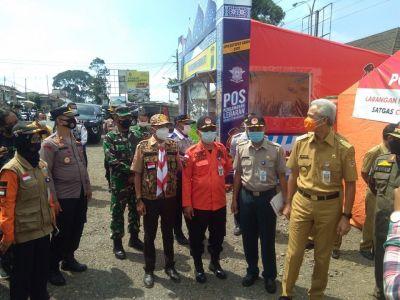 Peninjauan Posko Penyekatan Kledung Kab. Temanggung yang merupakan perbatasan antara Kab. Temanggung dan Kab Wonosobo