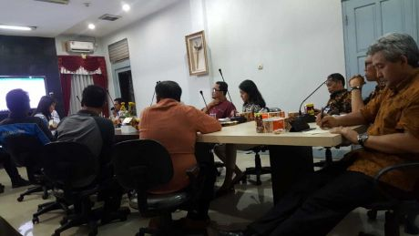 Presentasi dan Uji Bus Listrik oleh PT. Bakrie & Brother tbk