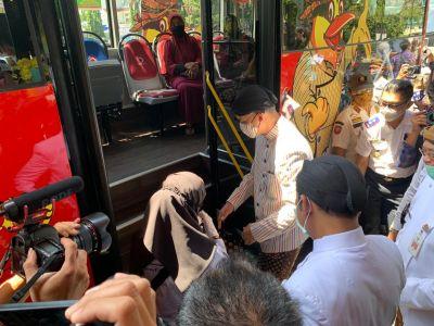 Peresmian Trans Jateng rute Tirtonadi- Sumberlawang